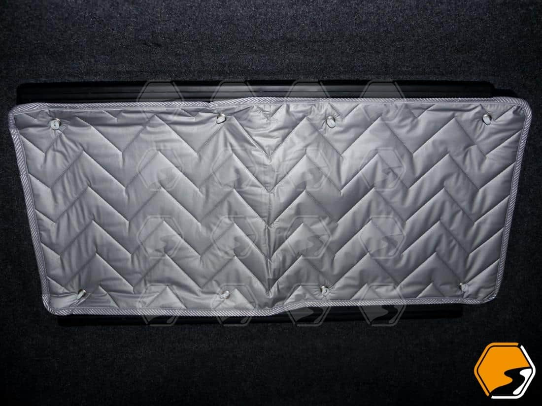 Silver thermal screen window coverings for VW Transporter middle sliding door or opposite window
